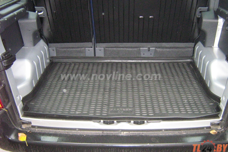 Коврик в багажник Novline NLC. 38. 08. B15 PEUGEOT Partner CV 2002 - 2008, мв. (полиуретан)