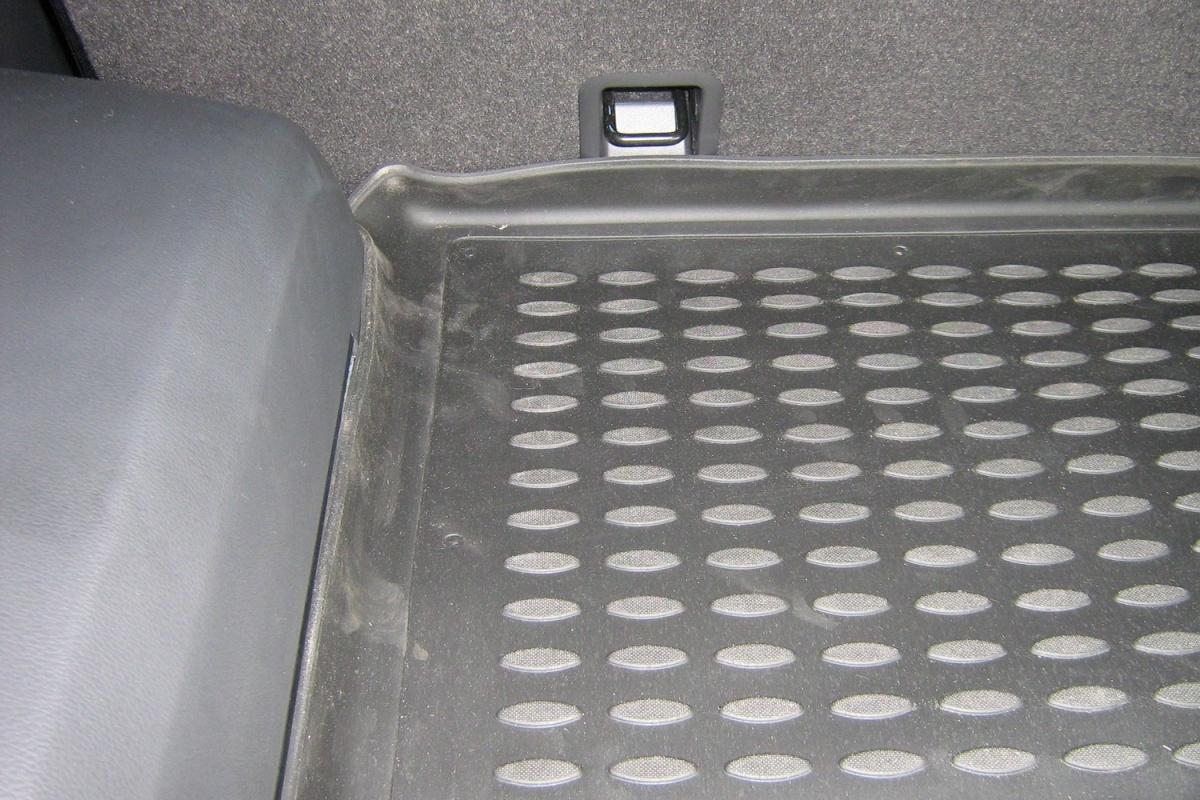 Коврик в багажник OPEL Antara 2006->,  кросс. (полиуретан) Артикул: NLC.37.18.B13